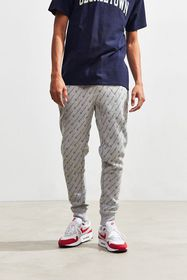 Champion UO Exclusive Logo Reverse Weave Jogger Pa