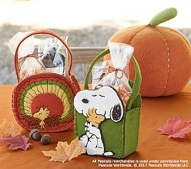 Pottery Barn Peanuts® Thanksgiving Snoopy® Treat C