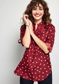 Hosting for the Weekend Tunic in Merlot