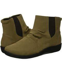 Clarks Sage Synthetic
