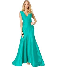 Halston Sleeveless V-Neck Fitted Structure Gown