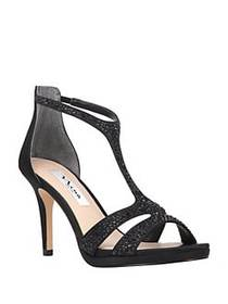 Nina Brietta Leather T-Strap Sandals BLACK