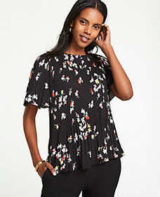 Meadow Floral Pleated Top