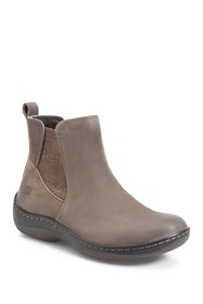 Born Lenni Leather Chelsea Boot