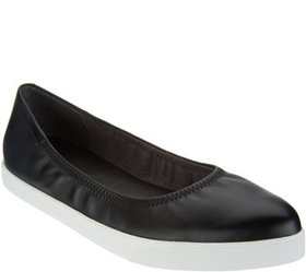 Lori Goldstein Collection Slip On Leather Flat wit