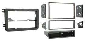 Metra - Double DIN Installation Kit for Select 200