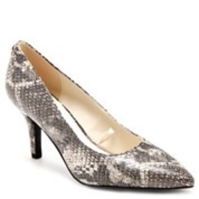 ANNE KLEIN Womens Pointed Toe Pumps