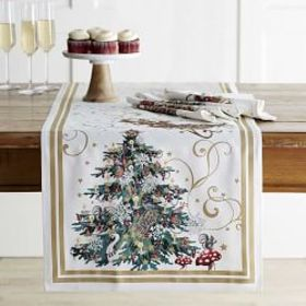 'Twas the Night Before Christmas Table Runner