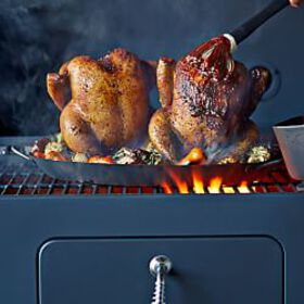 Two-in-One Vertical Chicken Roasting Pan