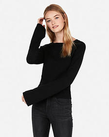 Express bell sleeve cropped pullover sweater