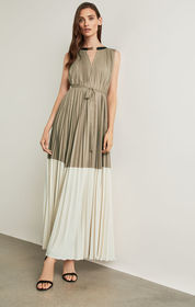 BCBG Adelaide Colorblocked Gown