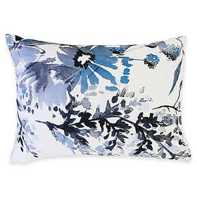 Kyra Pillow Sham in Blue/White
