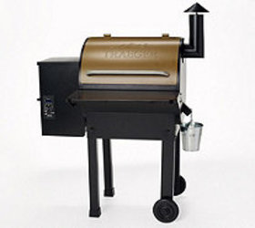 Traeger Homestead 520 Square Inch Wood Fired Grill
