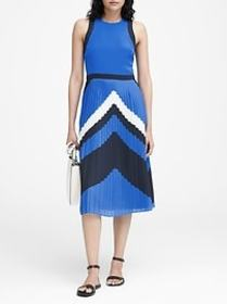 Chevron Pleated Midi Dress