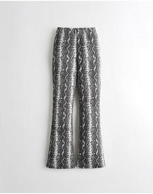 Hollister Ultra High-Rise Knit Flare Pants, BLACK
