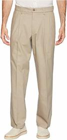 Dockers Relaxed Fit Signature Khaki Lux Cotton Str