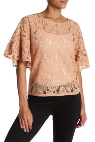 Vertigo Lace 3/4 Sleeve Top