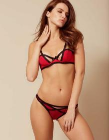 Joan Brief Red and Black