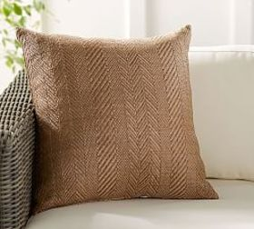 Pottery Barn Herringbone Natural Fiber Indoor/Outd