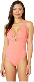 LAUREN Ralph Lauren Beach Club Keyhole-Front One-P