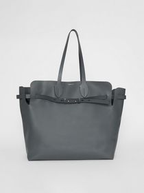 Burberry The Large Soft Leather Belt Bag in Dark P