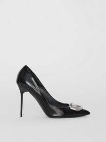 Burberry The Patent Leather D-ring Stiletto in Bla