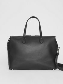 Burberry Soft Leather Holdall in Black