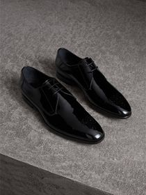 Burberry Broguing Detail Polished Leather Derby Sh