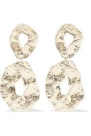 KENNETH JAY LANE Hammered 22-karat gold-plated ear