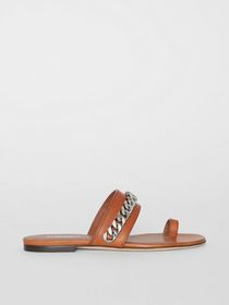 Burberry Chain Detail Leather Sandals in Amber