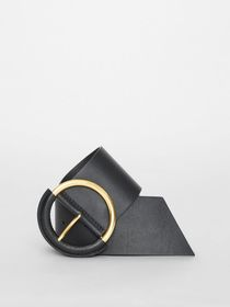 Burberry Round Buckle Leather Belt in Black