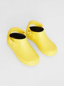 Burberry Check Detail Rubber Sandals in Citron