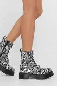 Nasty Gal Womens Natural Newly Shed Lace-Up Snake
