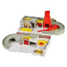 Hot Wheels Throwback Sto & Go Playset