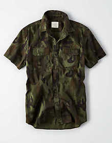American Eagle AE Short Sleeve Camo Button Up Shir