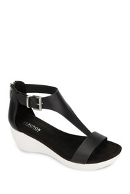 Kenneth Cole Reaction Nice Gal Stacked Wedge