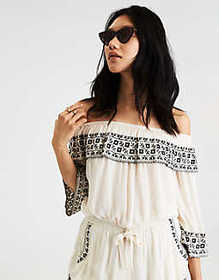 American Eagle AE EMBROIDERED OFF-THE-SHOULDER Cro
