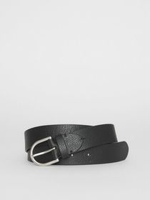 Burberry D-shaped Buckle Grainy Leather Belt in Bl