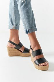 Seychelles Downtime Wedge