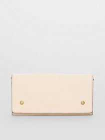 Burberry Two-tone Leather Continental Wallet in Li