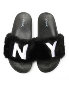 Qupid faux fur ny slide sandals