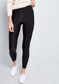 You're the One That I Flaunt Leggings in Black