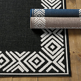 Nayla Indoor/Outdoor Rug