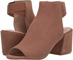 Kenneth Cole New York Hannon Shootie Perf