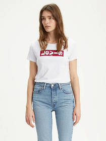 Levi's Lazy Tab Graphic Tee Shirt