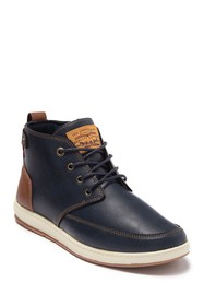 Levi's Atwater Burnished Chukka Boot