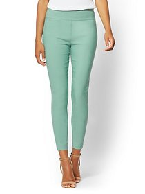 Whitney High-Waisted Pull-On Ankle Pant - New York