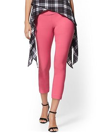 High-Waisted Pull-On Crop Pant - Piped - New York
