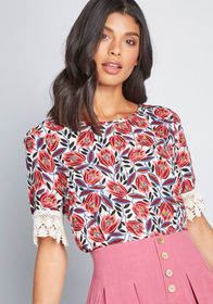 Data Driven Blouse Red Floral