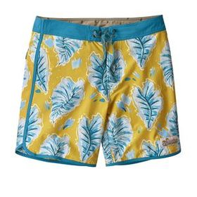 M's Scallop Hem Stretch Wavefarer® Boardshorts - 1